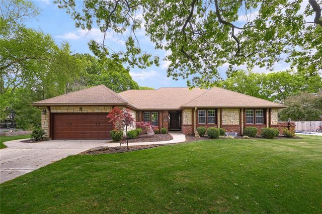 9315 BUENA VISTA Street , Prairie Village, KS 66207