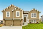 1607 WILLOW Lane, Kearney, MO 64060