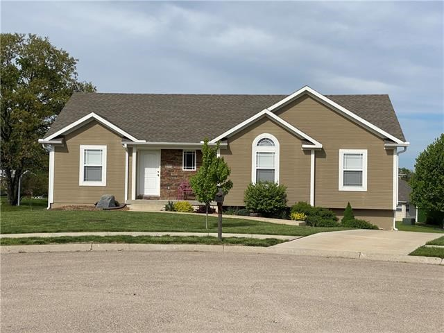 446 Redbud Court, Warrensburg, MO 64093