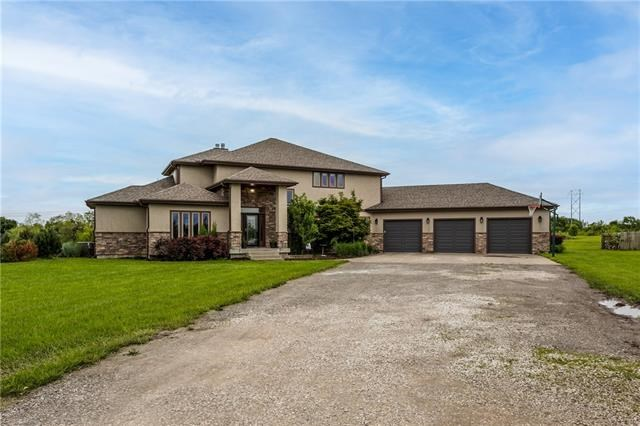 14520 Oak Valley Drive, Gardner, KS 66030