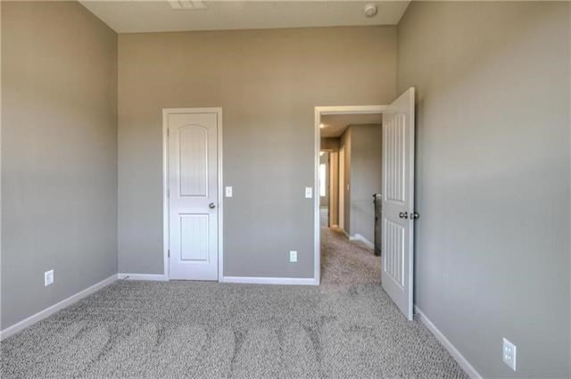 10428 N Donnelly Avenue, Kansas City, MO 64157