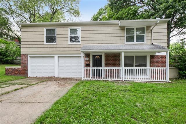 13132 Ashland Avenue, Grandview, MO 64030