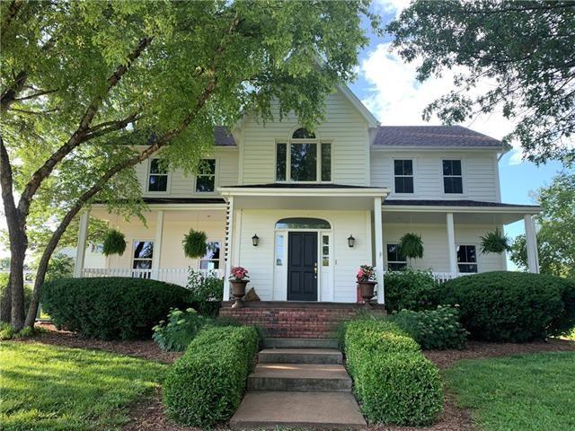 10230 W 303rd Street, Louisburg, KS 66053