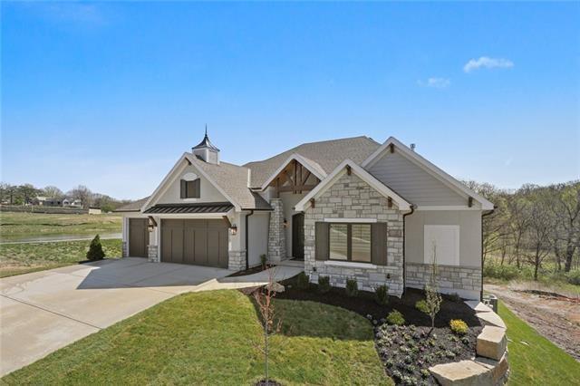 7217 Richards Drive, Shawnee, KS 66216