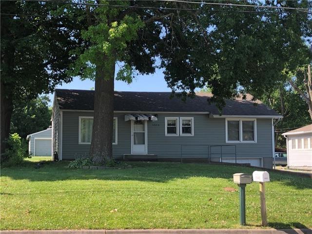 1515 Parker Avenue, Osawatomie, KS 66064