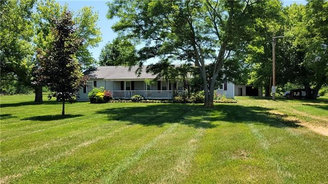 564 NW 200th Road, Centerview, MO 64019