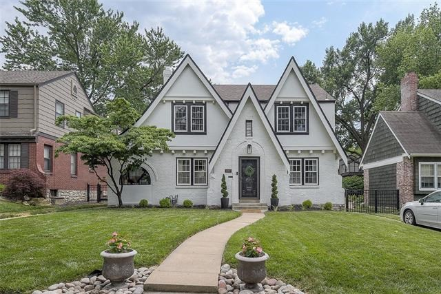 1287 W 72ND Terrace, Kansas City, MO 64114