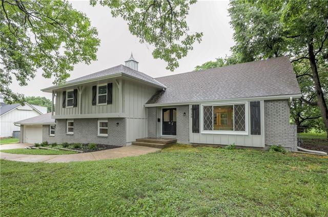 6720 W 85th Terrace, Overland Park, KS 66212
