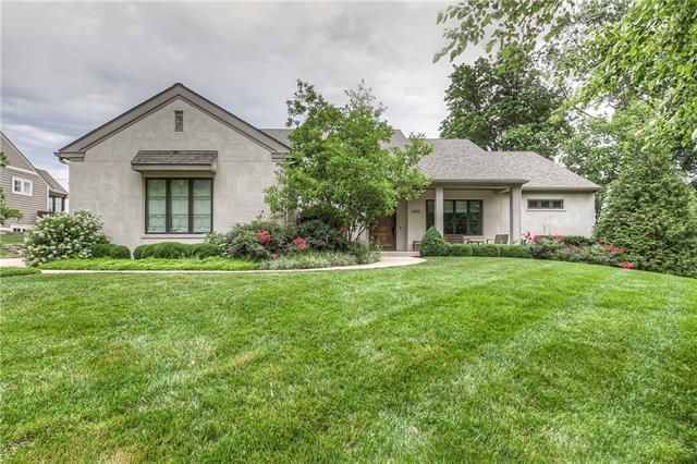 3910 Homestead Drive, Prairie Village, KS 66208