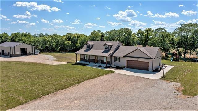 30212 Farm Road, Garden City, MO 64747