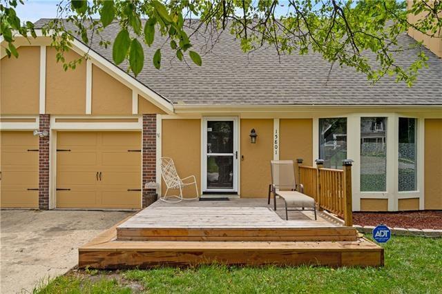 15801 W 147th Terrace, Olathe, KS 66062