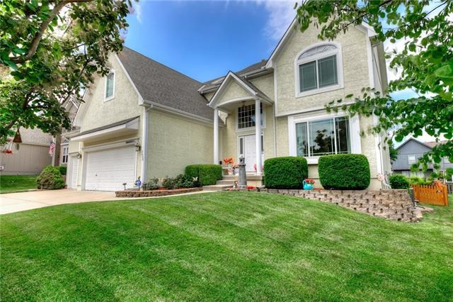 2428 SW 12th Court, Lee's Summit, MO 64081