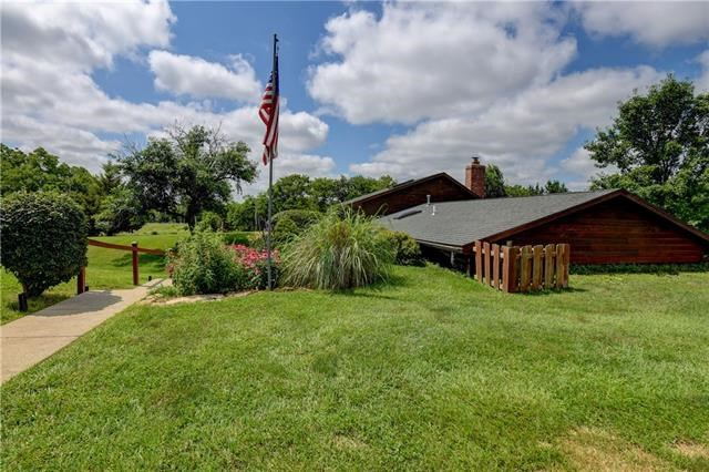 255 Ford Road, Odessa, MO 64076
