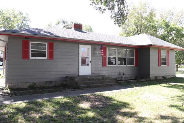 206 E 13th Street, Pleasanton, KS 66075