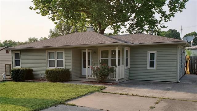 105 Grant Drive, Warrensburg, MO 64093