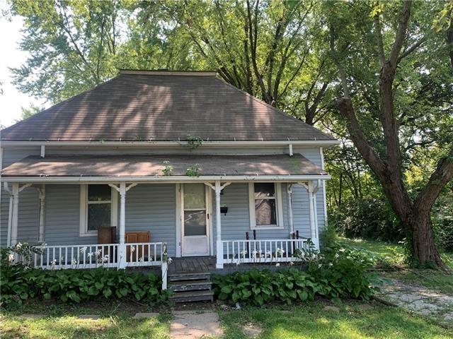 1 W Brown Street, Liberty, MO 64068