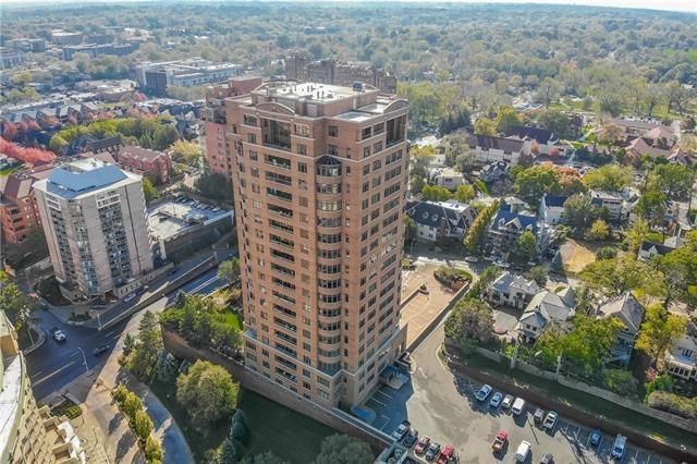 400 W 49th Terrace Unit 2038, Kansas City, MO 64112