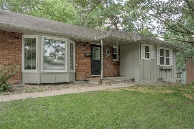 15400 E 44th Street, Independence, MO 64055