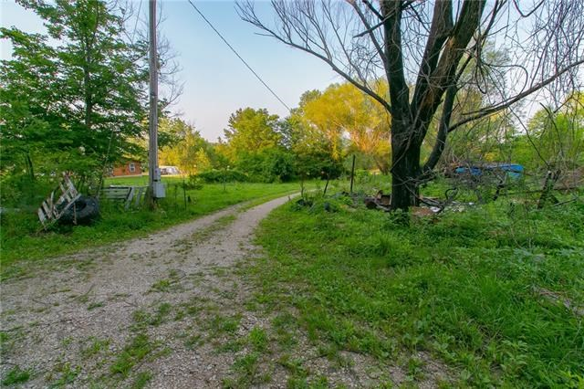 178 NW 1871st Road, Kingsville, MO 64061
