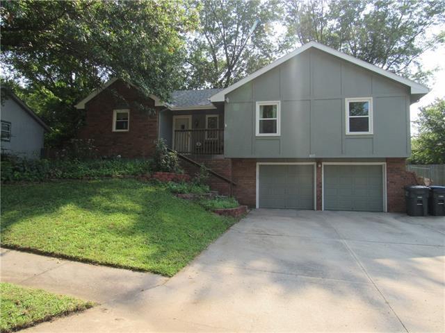 807 N Arnold Avenue, Harrisonville, MO 64701