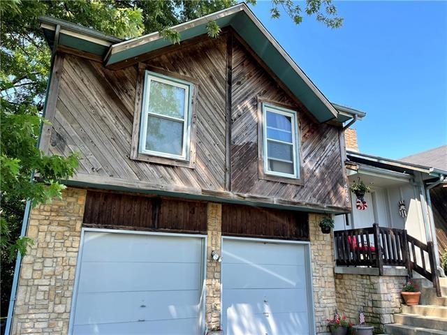 4768 Halsey Street, Shawnee, KS 66216