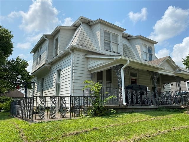 205 E Main Street, Richmond, MO 64085