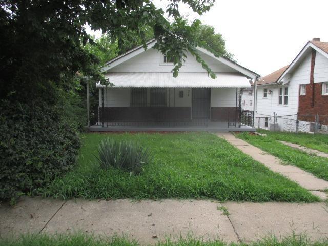 3431 Monroe Avenue, Kansas City, MO 64128