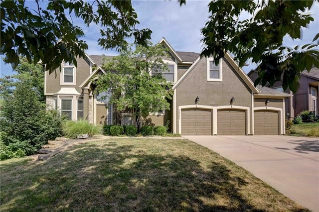 14301 Robinson Avenue, Overland Park, KS 66223
