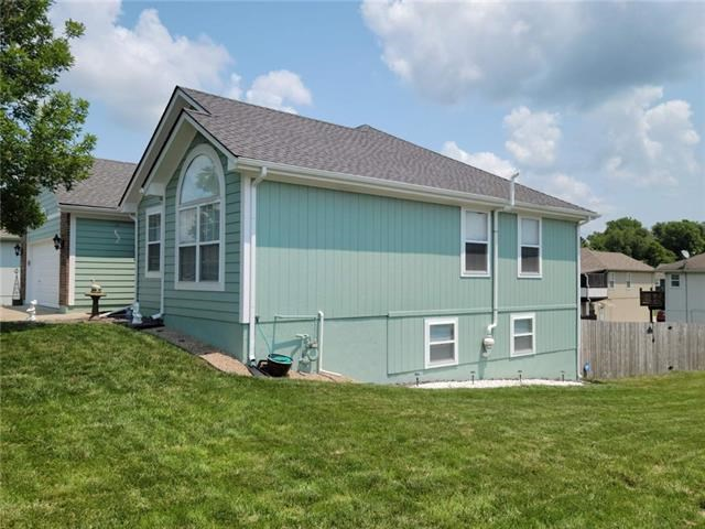 909 N Cochise Avenue, Independence, MO 64056