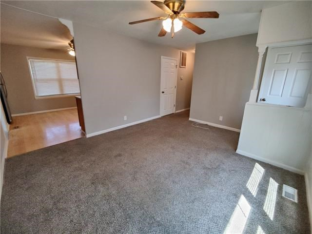 18512 E 5TH Street, Independence, MO 64056