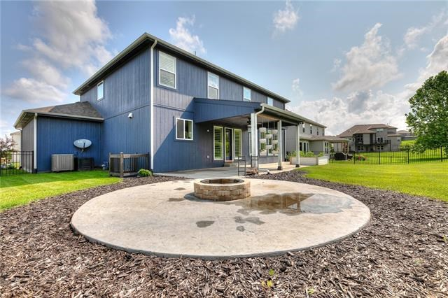 17925 NW 130th Place, Platte City, MO 64079