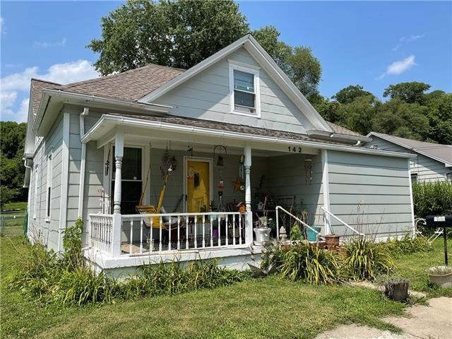 142 Richmond Street, Excelsior Springs, MO 64024