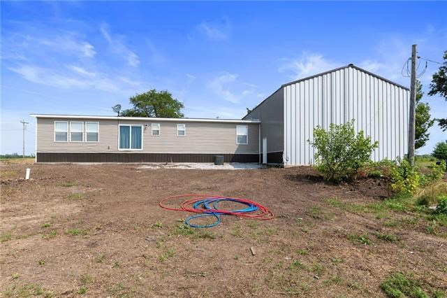 4760 NW J C PENNEY Drive, Kidder, MO 64649