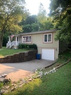 410 N Eugenefield Road, Claycomo, MO 64119