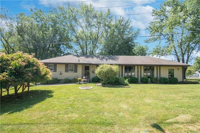 19007 E 9th Street, Independence, MO 64056