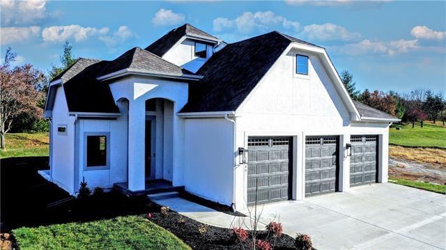 4649 NE Fairway Homes Drive, Lee's Summit, MO 64064