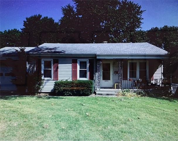 10516 E 26th Street, Independence, MO 64052