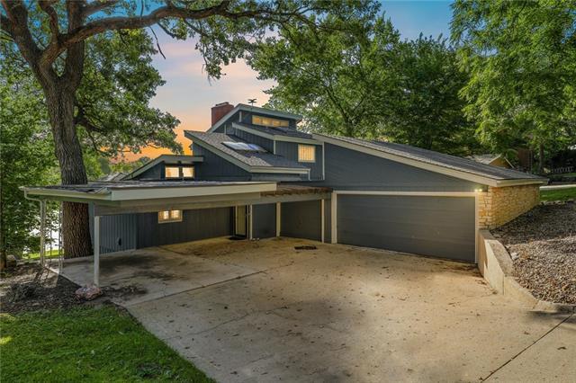 7907 NW Westside Drive , Weatherby Lake, MO 64152