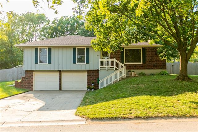 518 S Franklin Street , Raymore, MO 64083