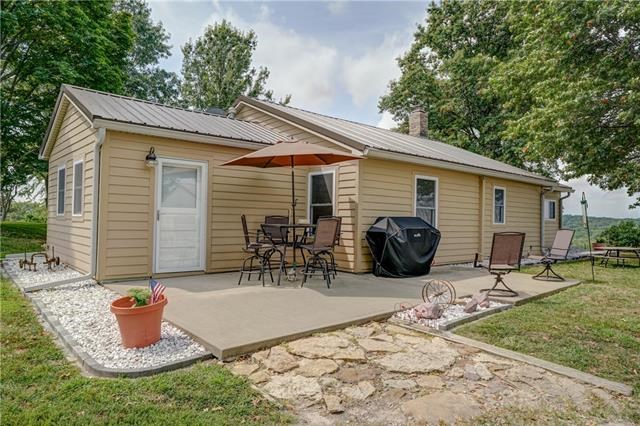 20459 Coon Branch Road, Lawson, MO 64062