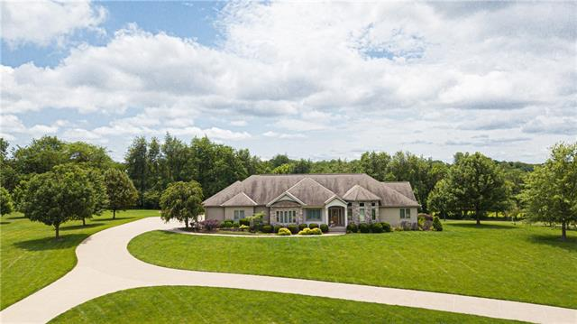 12428 Sunset Boulevard , Country Club, MO 64505