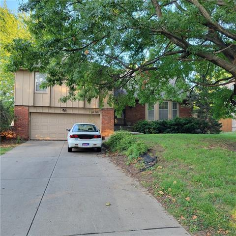 9400 Goddard Street , Overland Park, KS 66214