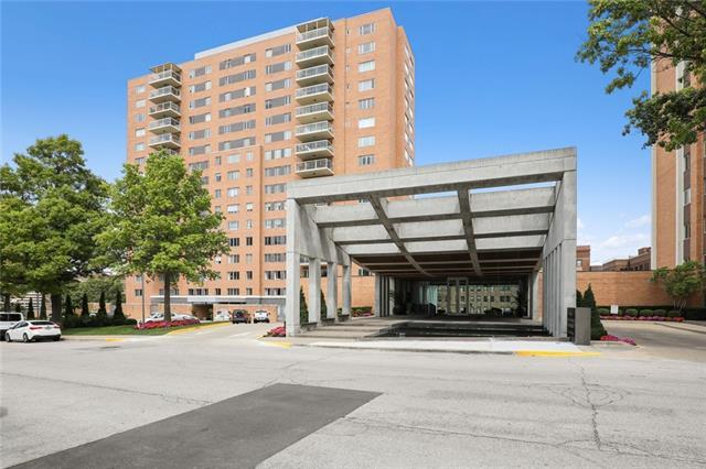 221 W 48TH Street Unit 2102, Kansas City, MO 64112
