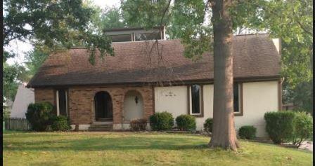 12333 Pinehurst Drive, Kansas City, KS 66109