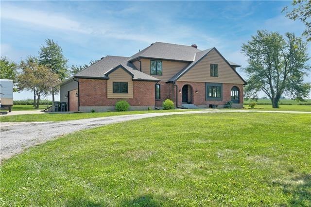 12470 Lipper Avenue, Higginsville, MO 64037