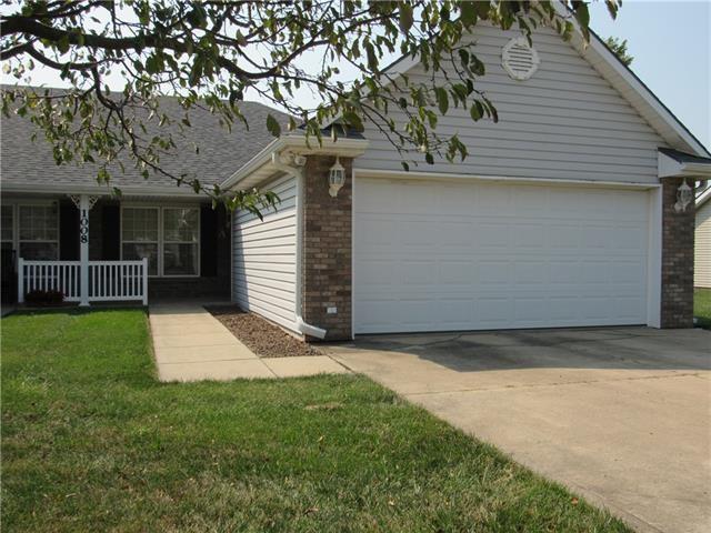 1008A E Chestnut Court, Savannah, MO 64485