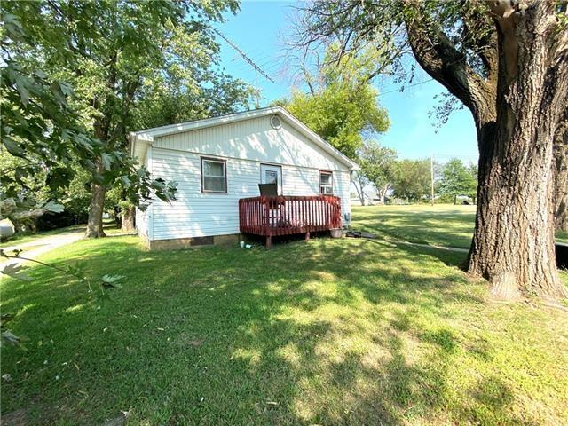 105 E Grant Street, Maysville, MO 64469