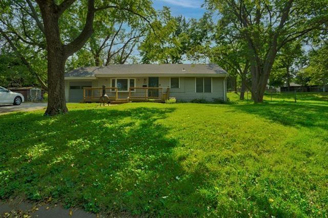 12109 W 60th Place, Shawnee, KS 66216