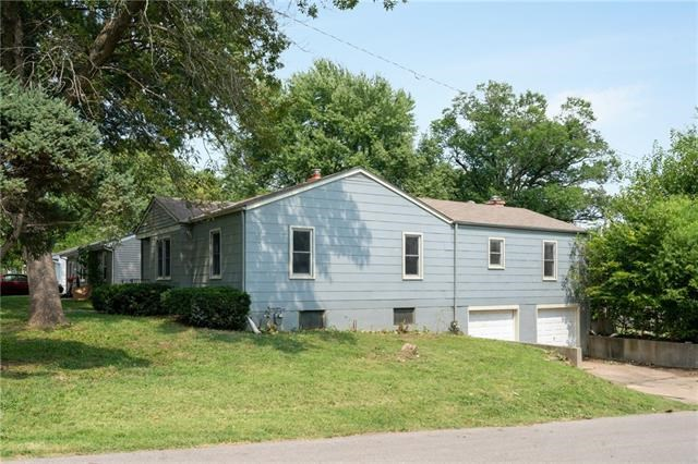 3041 S Scott Avenue, Independence, MO 64052
