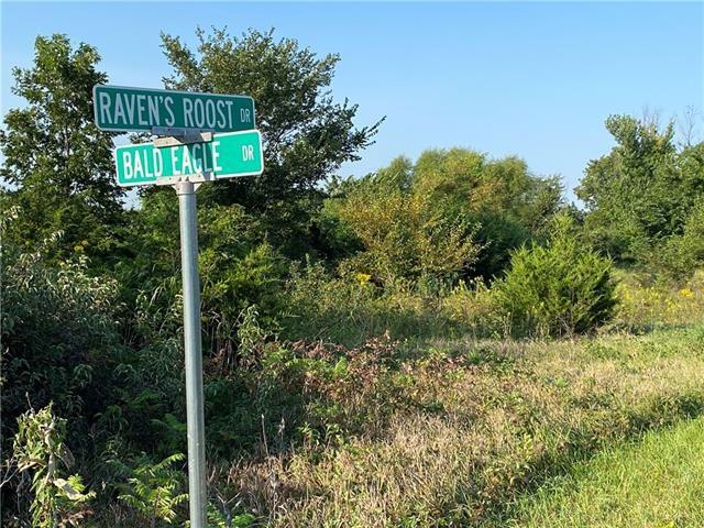 2 Ravens Roost Drive, Linn Valley, KS 66040